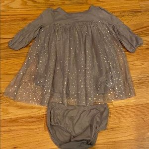 GAP Dresses - GAP Dress W/ Diaper Cover Size 12-18 mon!